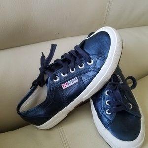 Superga sneakers size 6